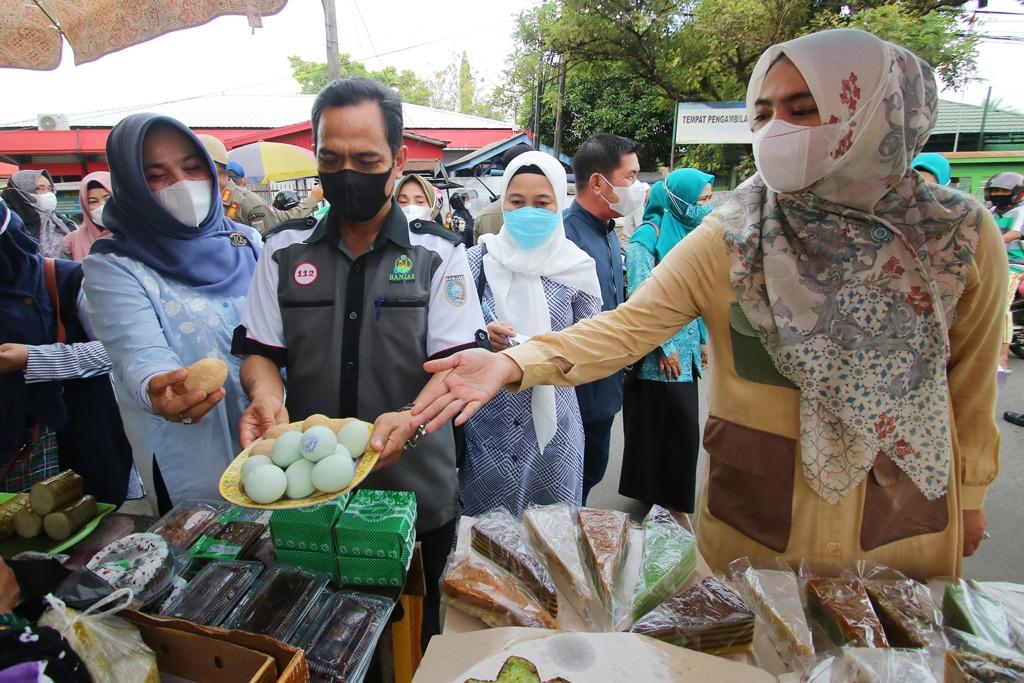 Puncak PELITA Ramadan Menyasar Pedagang Kecamatan Martapura